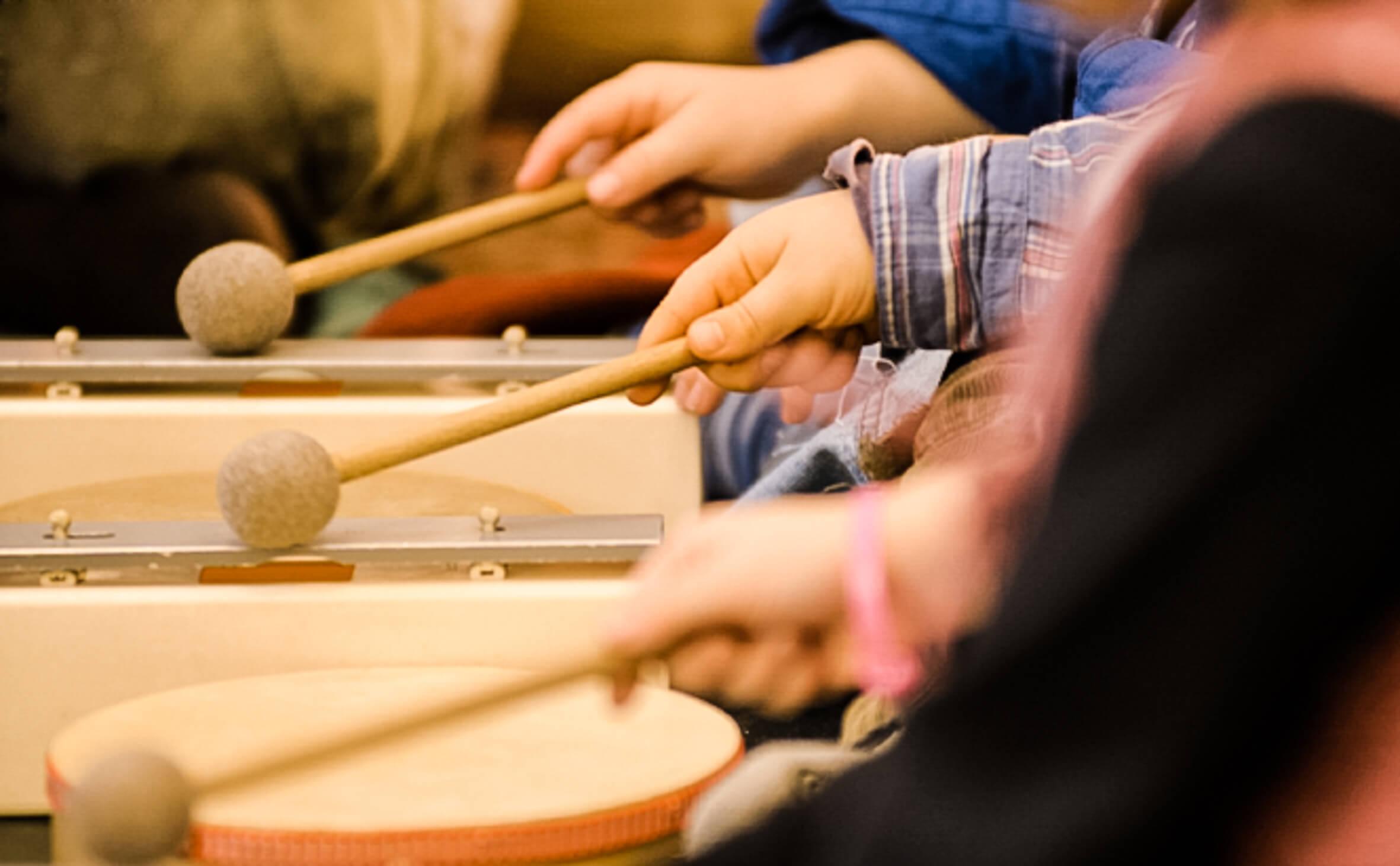 musikalische früherziehung Kinder Trommeln